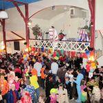 Carnaval OEV1 Schutterij gebouw, Paard uit de gang!