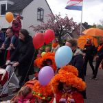 Optocht van Warmond : Hoedenparade Koningsdag in Warmond