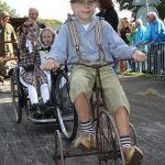 Jongen op de fiets