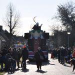 Prinsenwagen van C.V. de Sukerpinnen die traditioneel de stoet afsluit